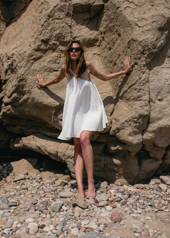 Sukienka na cienkich ramiączkach z muślinu bawełnianego w kolorze ecru - MALAGA BY MARSALA