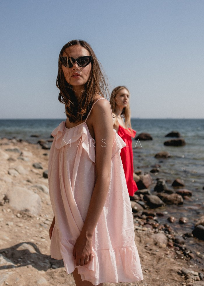 Sukienka z tkaniny plumeti w kolorze pudrowy róż - MALIBU BY MARSALA