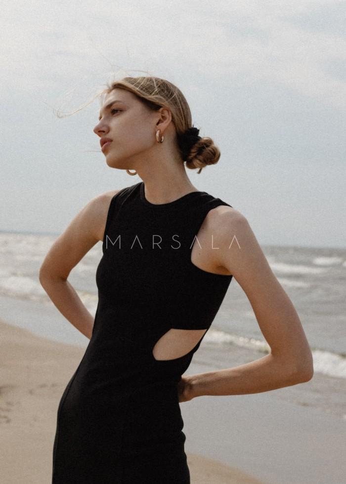 Sukienka z prążkowanego materiału z wycięciami BLACK- SEVILLA BY MARSALA