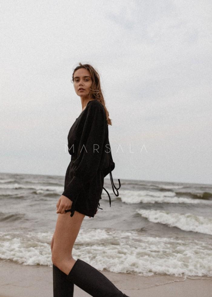 Kombinezon lniany w kolorze czarnym - MARISOL BY MARSALA