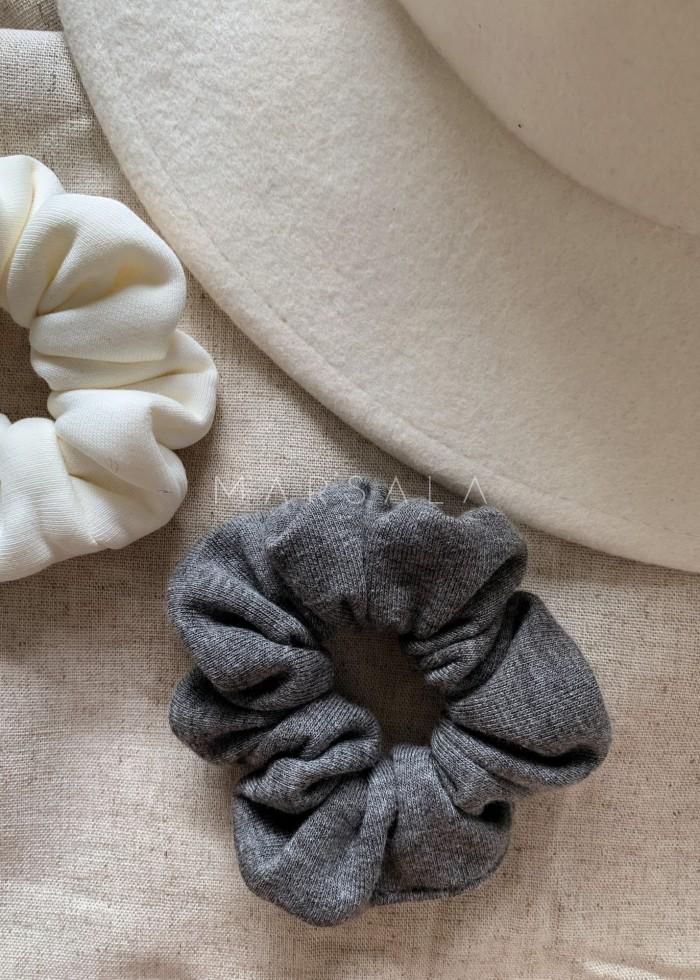 Gumka/frotka do włosów z dzianiny dresowej w kolorze deep grey melange EMI by MARSALA