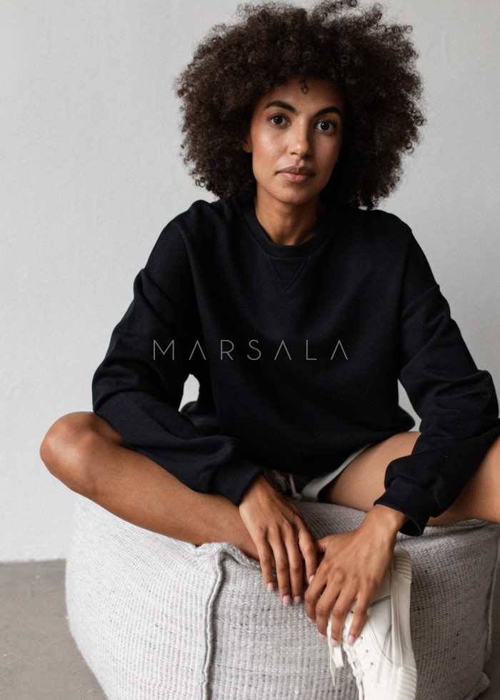 Bluza damska o kroju regular fit w kolorze TOTALLY BLACK - BASKET BY MARSALA