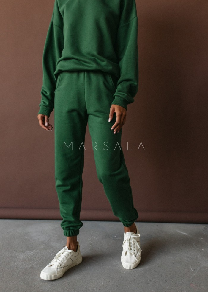 Jogger pants in HUNTER DARK GREEN - DISPLAY BY MARSALA