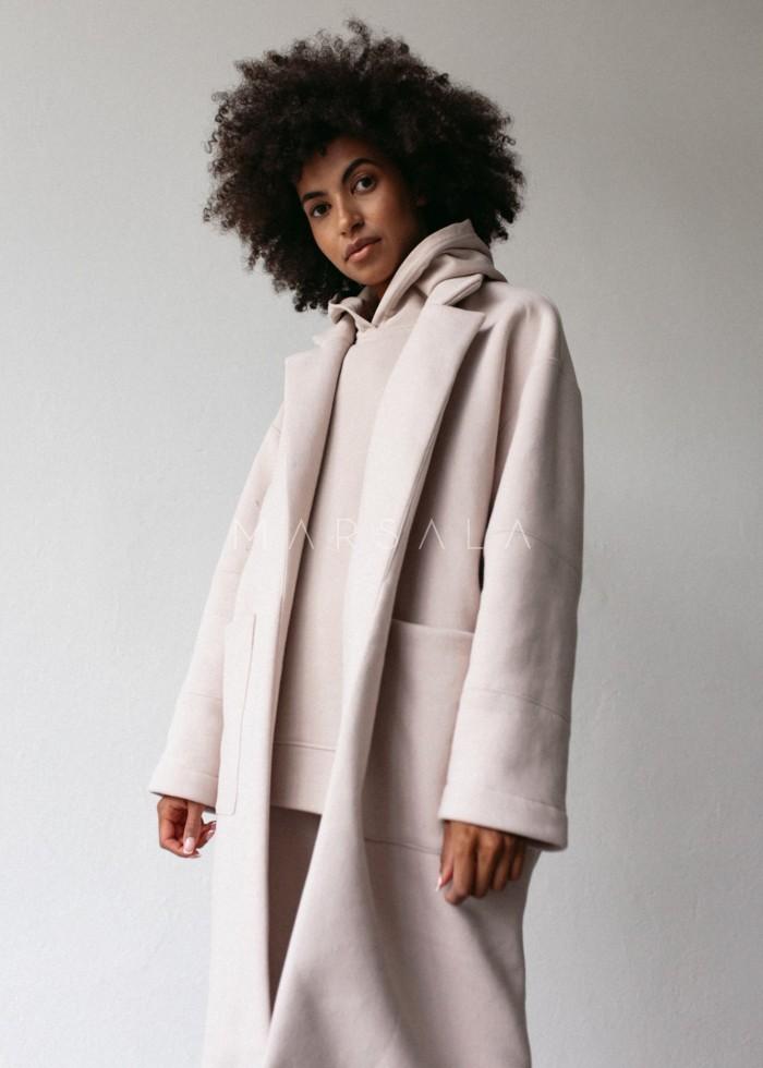 Płaszcz typu oversize z miękkiej dzianiny dresowej w kolorze coconut milk - GHOST BY MARSALA