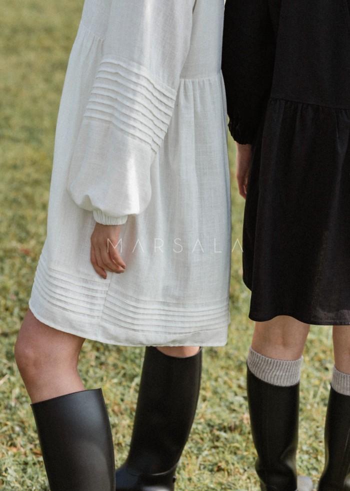Elegancka sukienka oversize z lnu w kolorze ecru - PARMA ECRU BY MARSALA