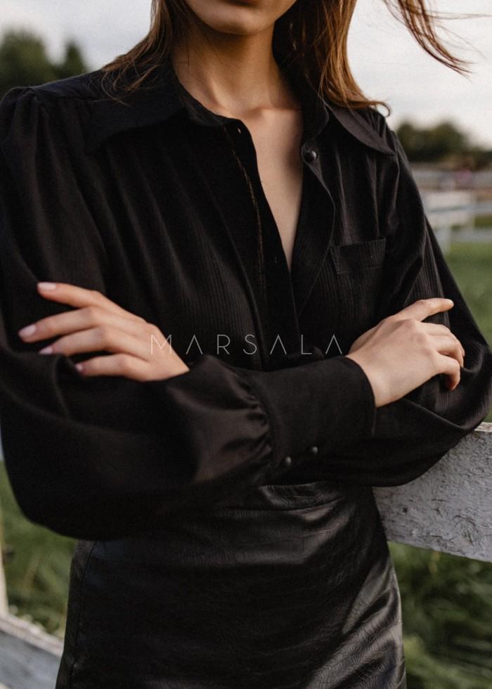 Koszula z bufkami na ramionach czarna z prążkowaniem - LIBRE BLACK BY MARSALA